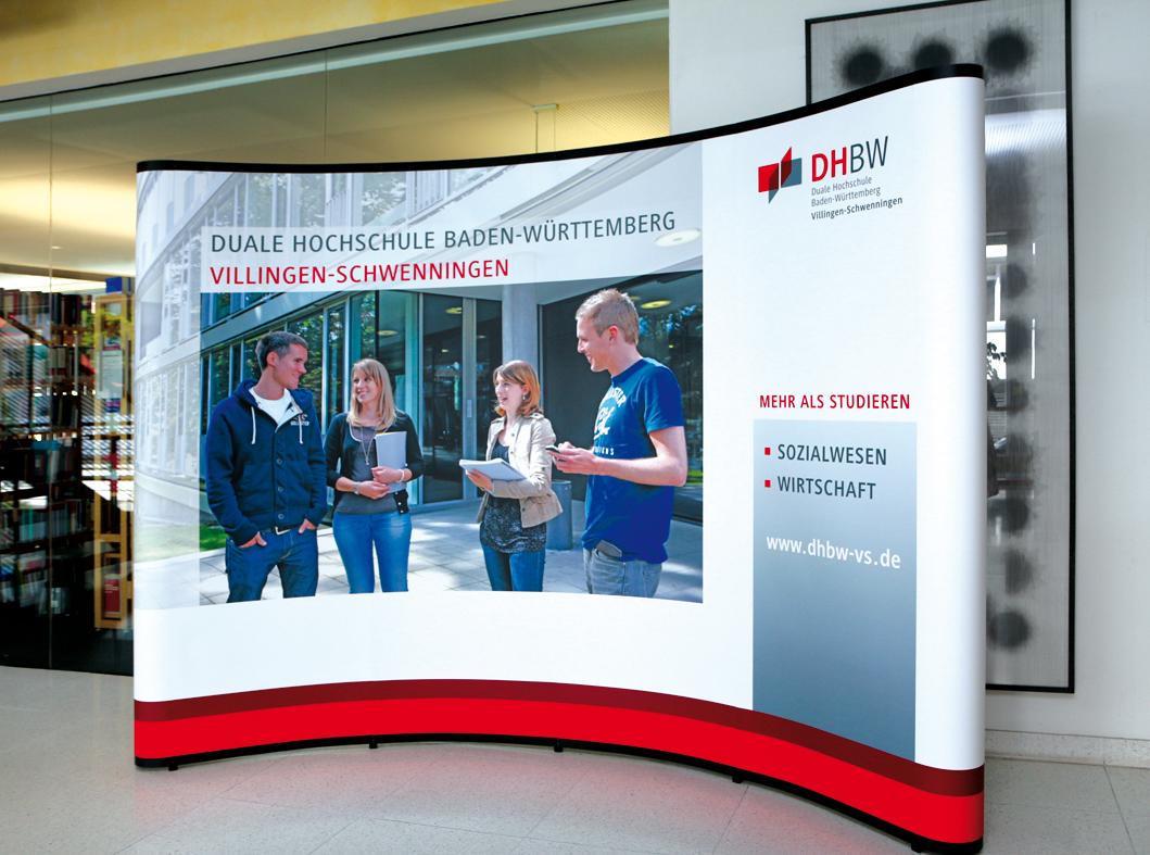 DHBW Villingen-Schwenningen Präsentation Messewand